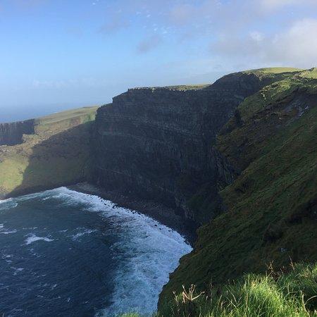 Cliffs of Moher-tour inclusief de Wild Atlantic Way en de stad Galway vanuit Dublin Foto