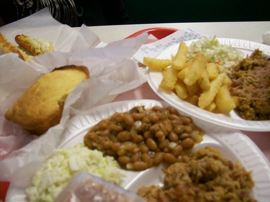 Aunt Bea's: The Yummy Pulled Pork Entrees.