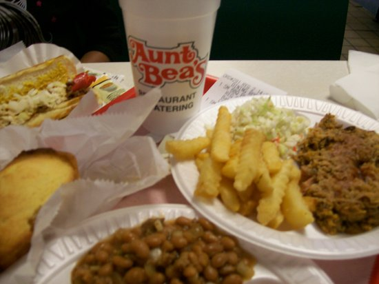 Aunt Bea's: Yummy Pulled Pork Entrees.