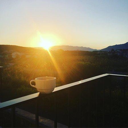 Beautiful, Serene Resort 🌅