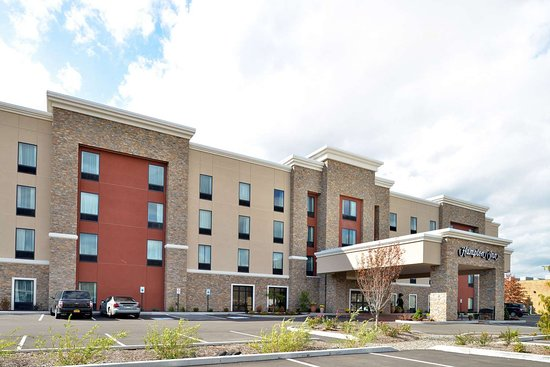 Hampton Inn Corning/Painted Post : Exterior