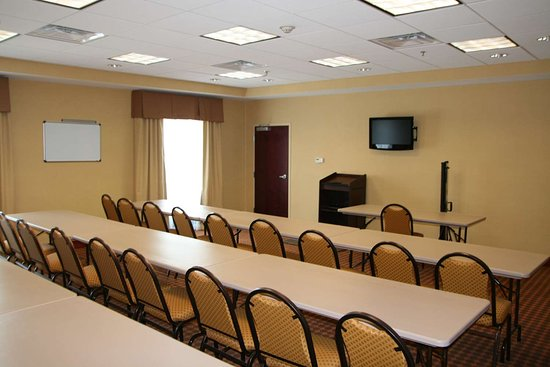 Kingsland, GA: Meeting Room