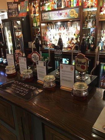 South Hykeham, UK: Back bar