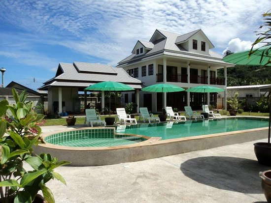 Villa Colina Khao Lak Photo