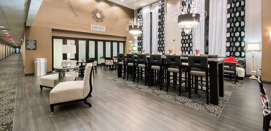 Hampton Inn & Suites Orlando - John Young Pkwy / S Park : Reception