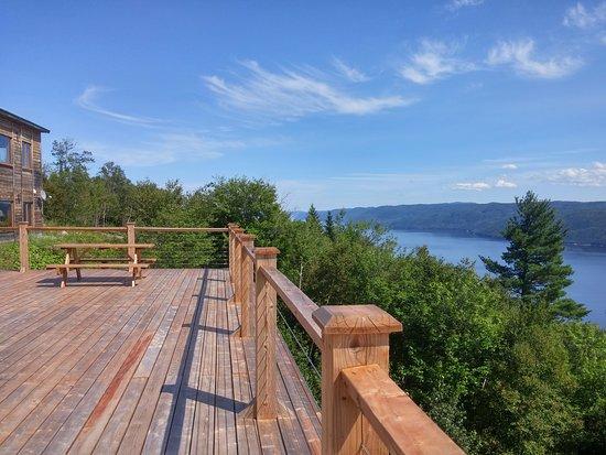 Sainte-Rose-du-Nord, Canada: Balcon