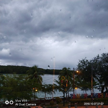 Chukai, ماليزيا: IMG_20181007_070802_large.jpg