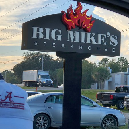 """""""Bama's best rated Steakhouse """""""