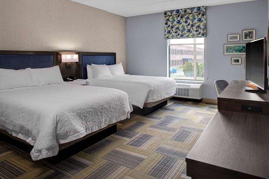 Salina, NY: Guest room