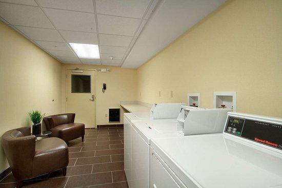 Homewood Suites Rochester/Greece