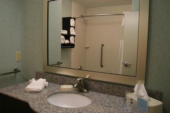Wilder, KY: Standard Bath