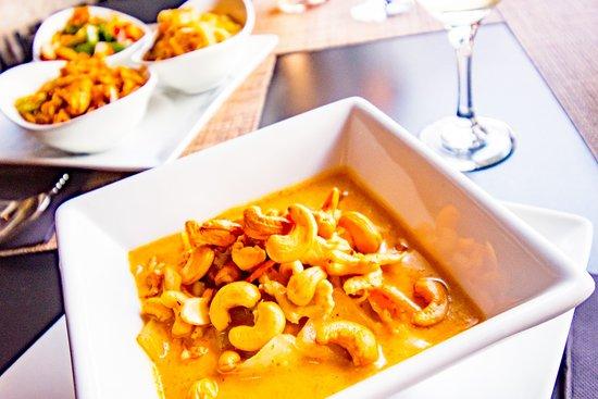 Avantika: Massuman Curry