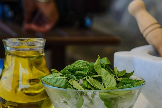 Pesto Course in Levanto