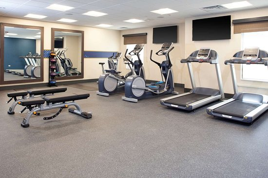 Burr Ridge, IL: Health club
