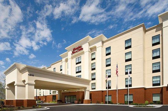 Hampton Inn & Suites Baltimore / Woodlawn