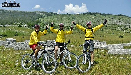 Blidinje自然公園からラムスコ湖へのマウンテンバイクツアー