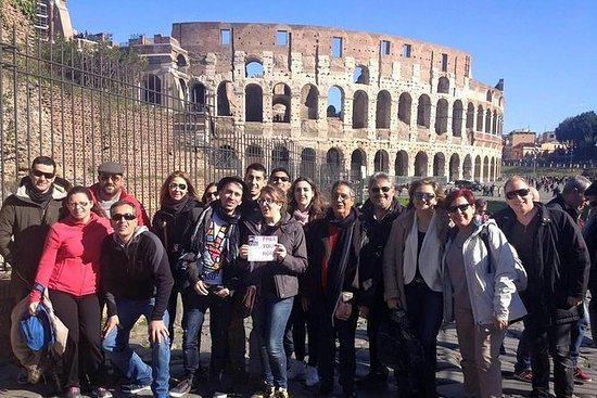 Rome Walking Tour: Piazza Venezia and...