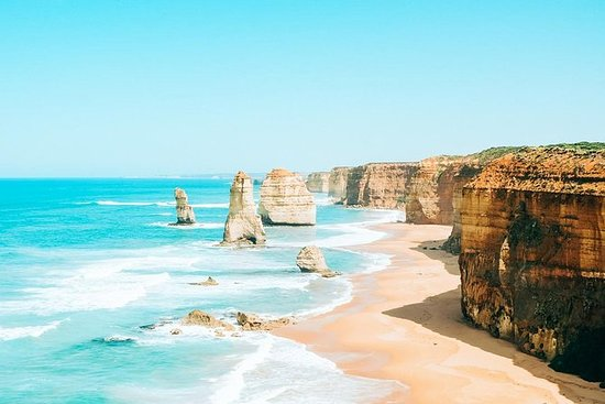 12 Apostles and Port Campbell Hiking...