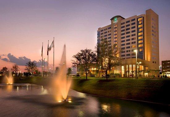 Embassy Suites by Hilton Houston - Energy Corridor : Exterior
