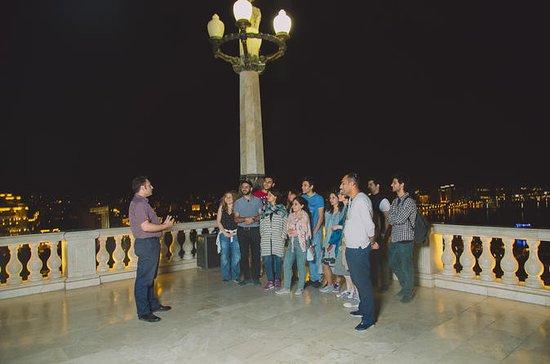 Baku en un tour nocturno