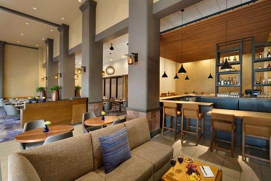 hilton scottsdale resort villas 143 1 5 2. Black Bedroom Furniture Sets. Home Design Ideas