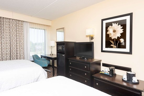 Middleburg Heights, OH: Guest room