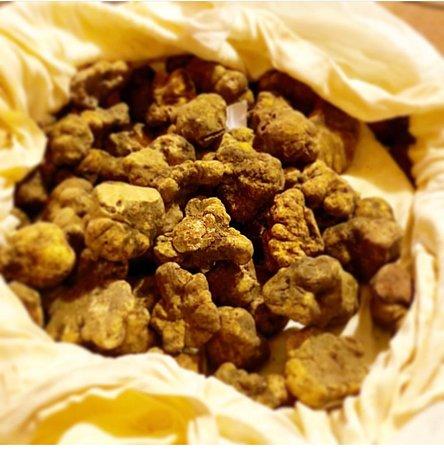 Risotto alla tometta biellese con riduzione al Lessona e cialda al Grana Padano - Picture of Al Venti Ristorante, Biella - Tripadvisor