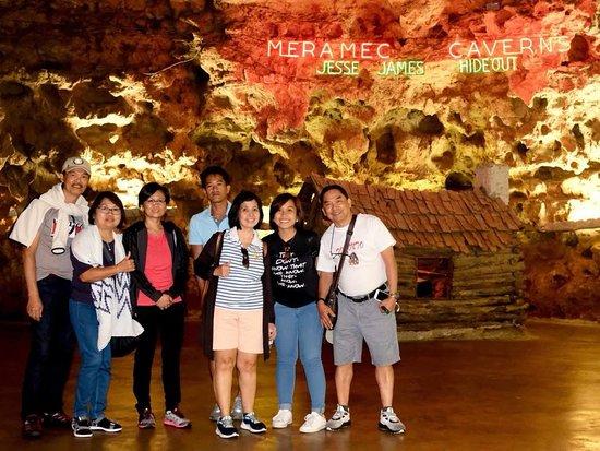 Stanton, MO: Meramec Caverns