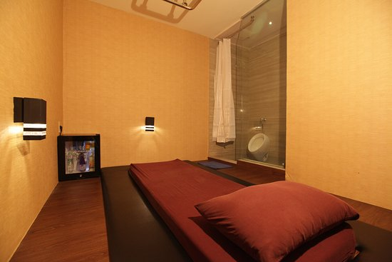 Delta Spa Health & Lounge Grand Wijaya