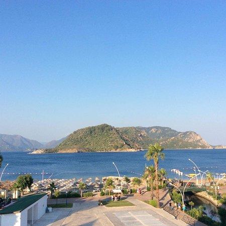 Fortuna Beach Hotel : photo1.jpg