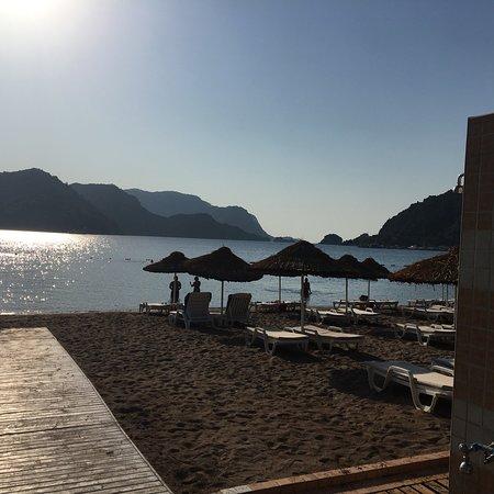 Fortuna Beach Hotel : photo2.jpg