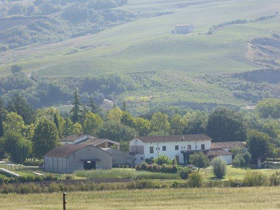 Foto de Montecalvo in Foglia