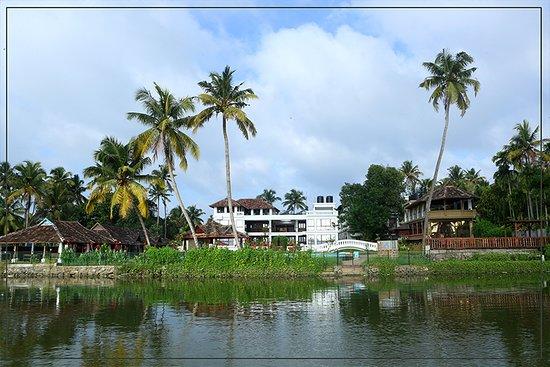 Sukhayus Ayurveda Wellness Heritage Cherai Photo