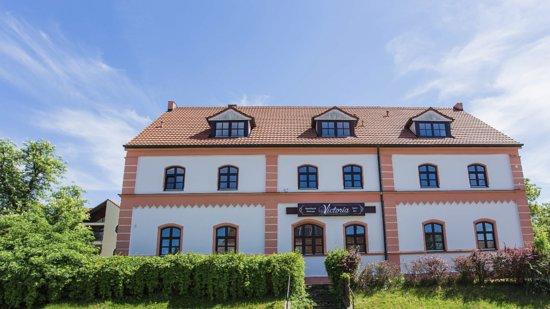 Burgau, Germany: Aparthotel Victoria- Aussenansicht