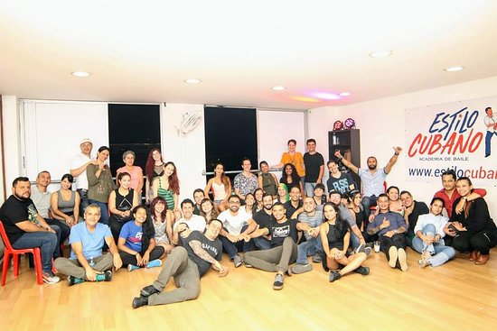 Estilo Cubano Academia de Baile