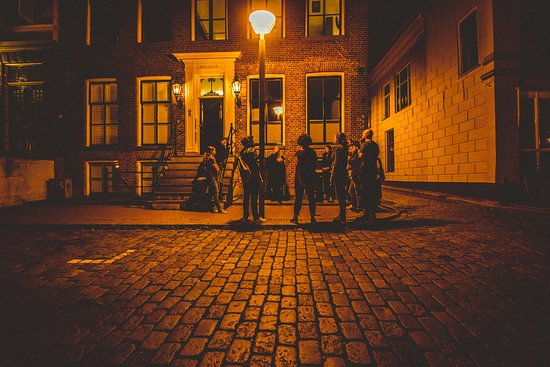 Ghost Tour Groningen: We will show you the dark side of Groningen.