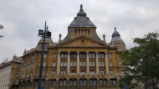 Deak Ferenc Square