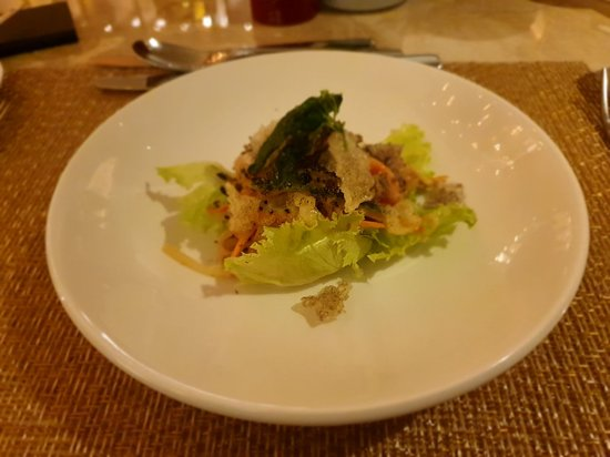 Salmon Salad By Chief De Cuisine Maria Wang Foto Arts Cafe By