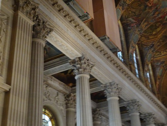 The Royal Chapel: Looks like there's a 3rd level above the 2nd level we were on