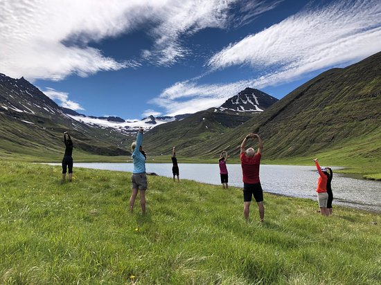 "Inspiration Iceland: Yoga at ""hidden"" places"