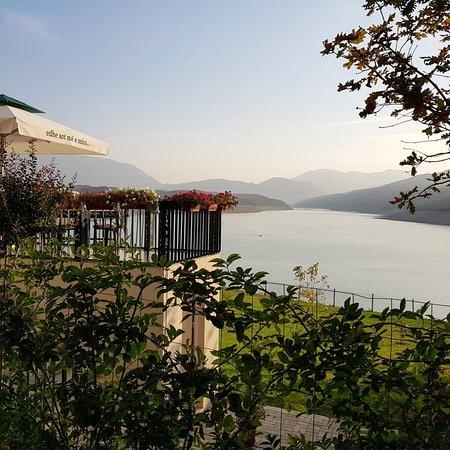 Kukes, Albanien: Vjeshte#luginaedrinit
