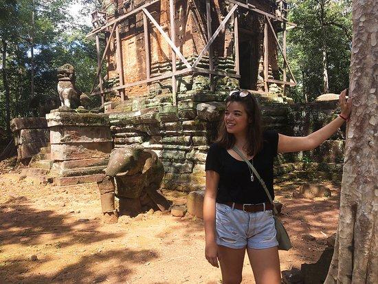Temple Exploring (all Chanthou's hidden spots)