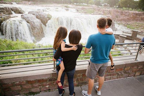 Sioux Falls, SD: Falls Park