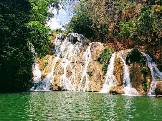 Damianópolis Goiás fonte: media-cdn.tripadvisor.com