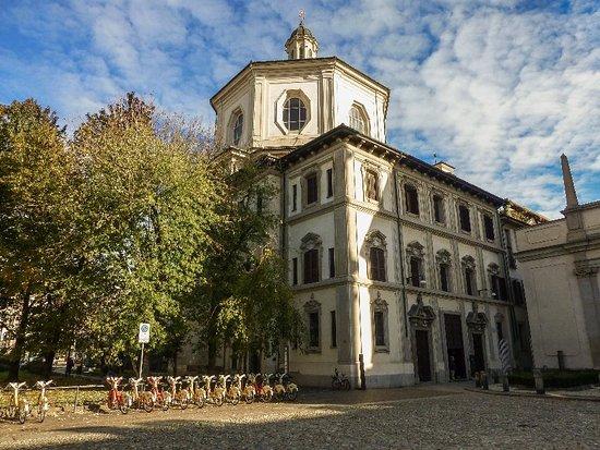 圣贝纳迪诺骸骨教堂