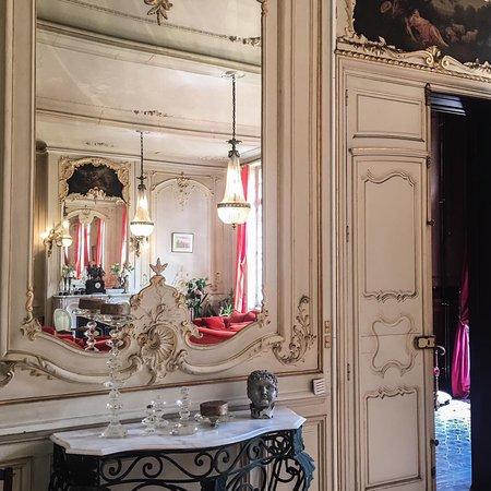 Saint-Priest-Bramefant, France: Traumhafter Schloss für Romantische Wochenende Hochzeit, Geburtstag, Event, Party!