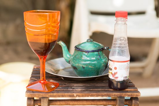 Brufut, Gambia: Local drinks, Wonjo or Attya, your choice