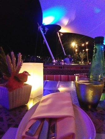 ห้องอาหาร ลูน่า ลาไนย์ ภาพถ่าย