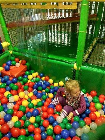 Children's Amusement Park Roza Land