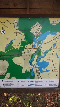Feldberger Seenlandschaft, เยอรมนี: Rundwanderweg um den Haussee